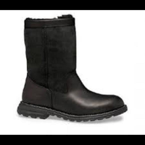 d94d599a99d UGG Brooks Short Boots